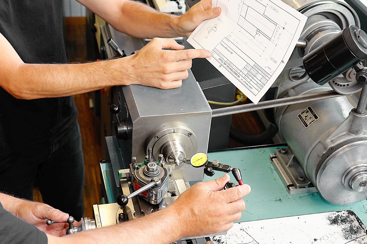 Mécanicien de production CFC option fabrication