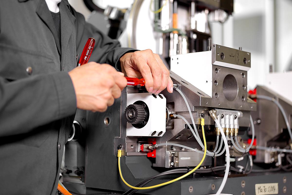 Mécanicien - Monteur, emploi Affolter Technologies, fabricant de machine à tailler CNC