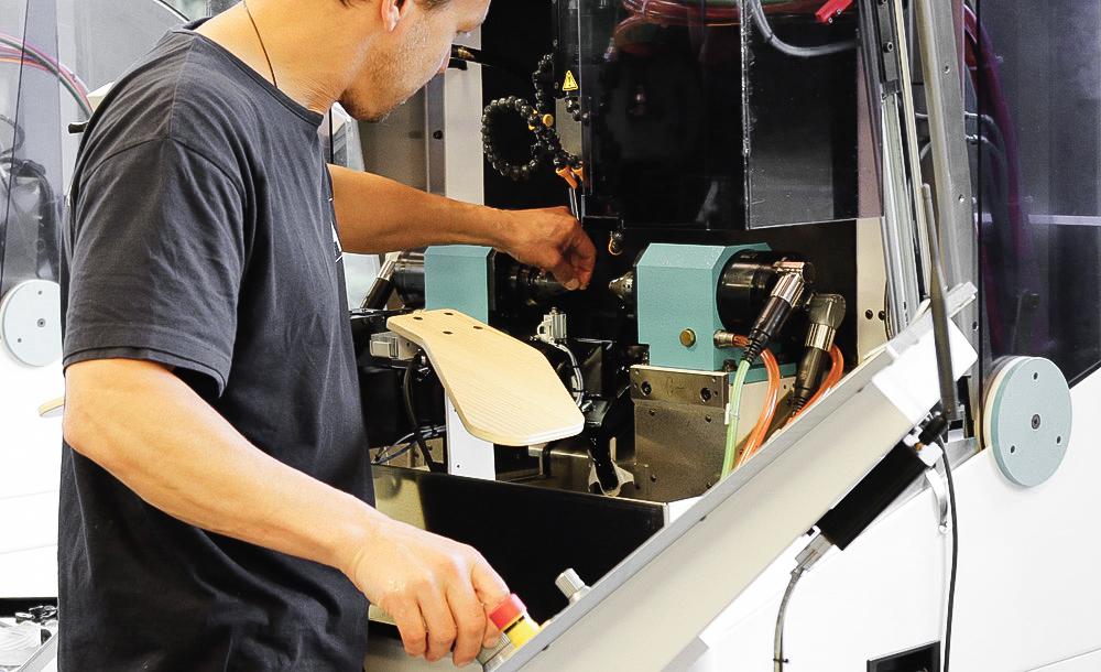 metier taillage metteur en train equipements affolter rouages
